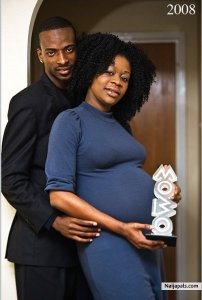 9ice and Toni- as Baby feels the Mobo!!!